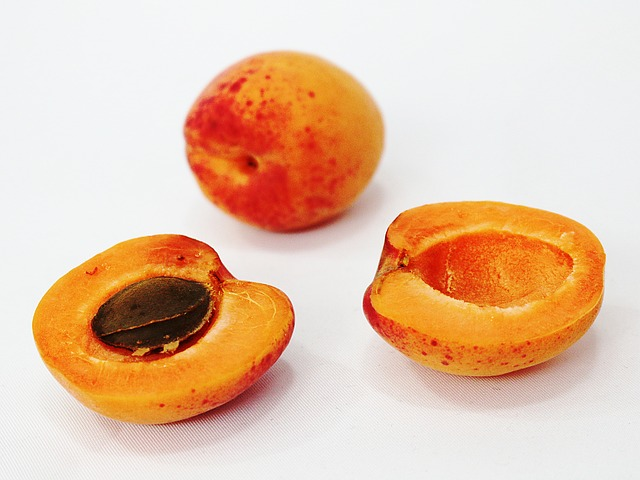 Abricots-ouverts-MDA